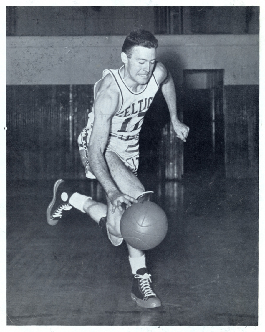 1948-48 - Johnny Bach - celtics