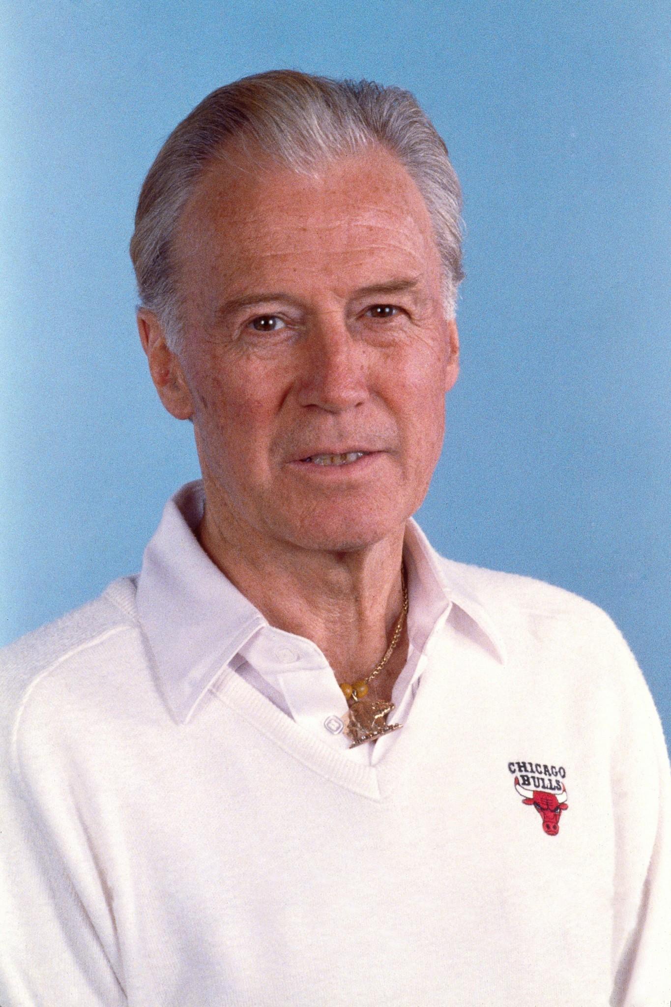 1991-92 - Johnny Bach - Bulls Head Shot 1991