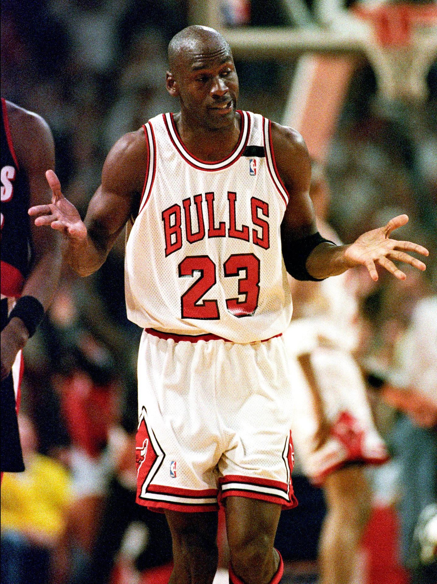 Michael Jordan - The Shrug