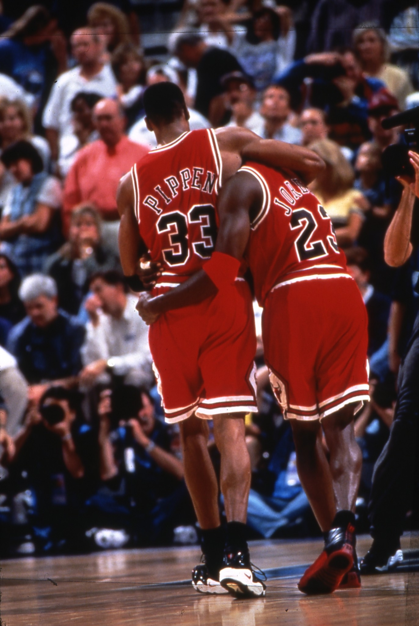 The Most Iconic Photos in Bulls History – Chicago Bulls History