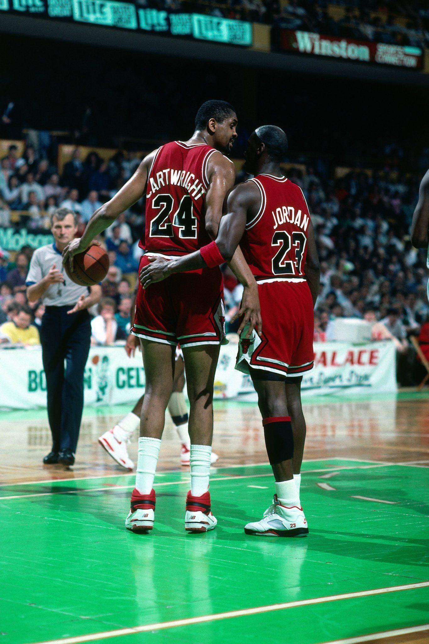 Bill Cartwright and Michael Jordan in 1990