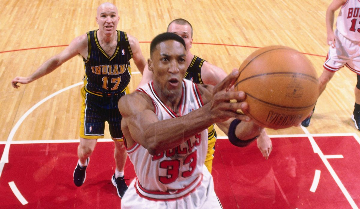 Scottie Pippen #33 of the Chicago Bulls shoots during a game played on May 17, 1998 at the United Center in Chicago, Illinois.