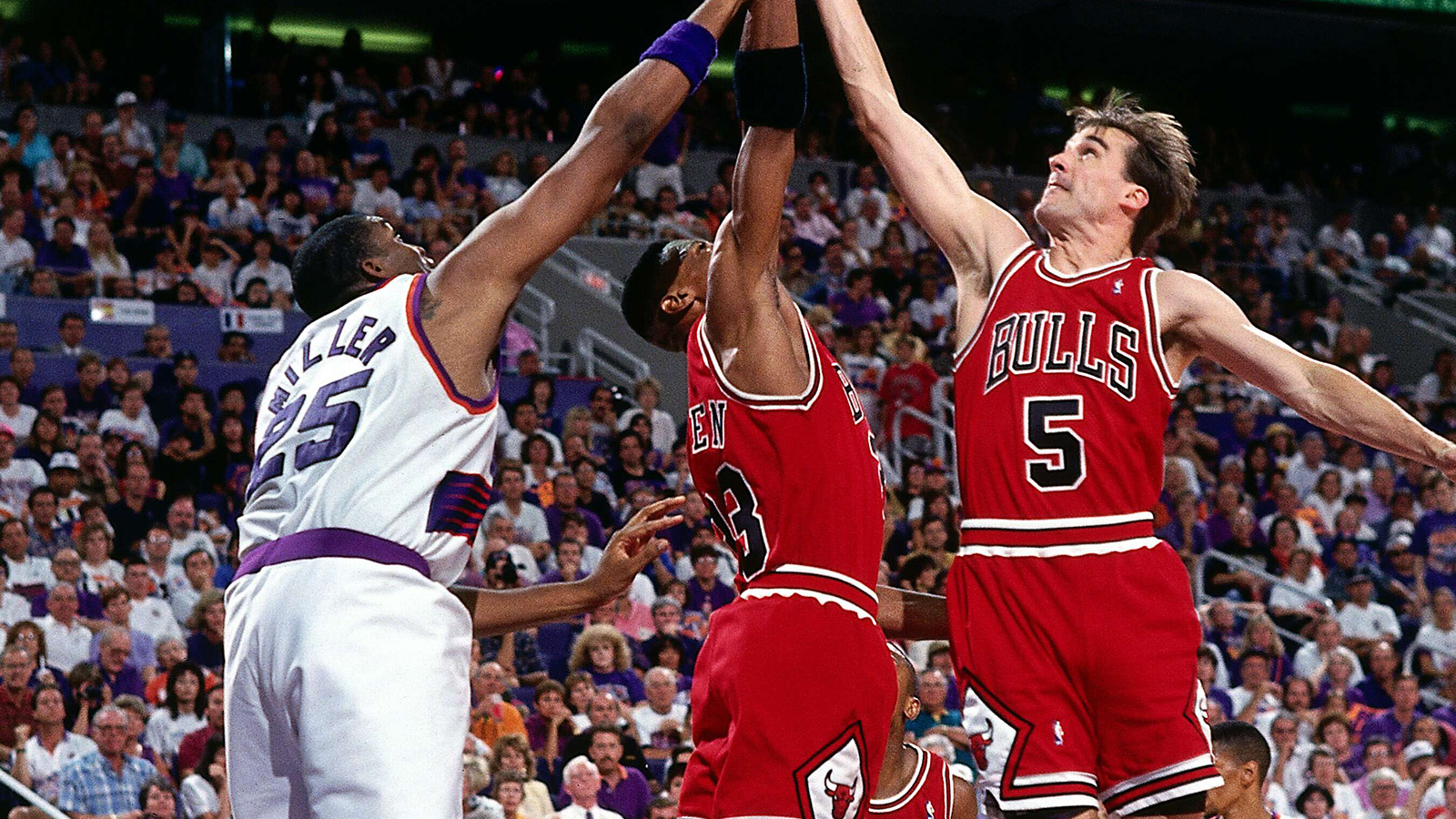 John Paxson going for a rebound in the 1993 NBA Finals